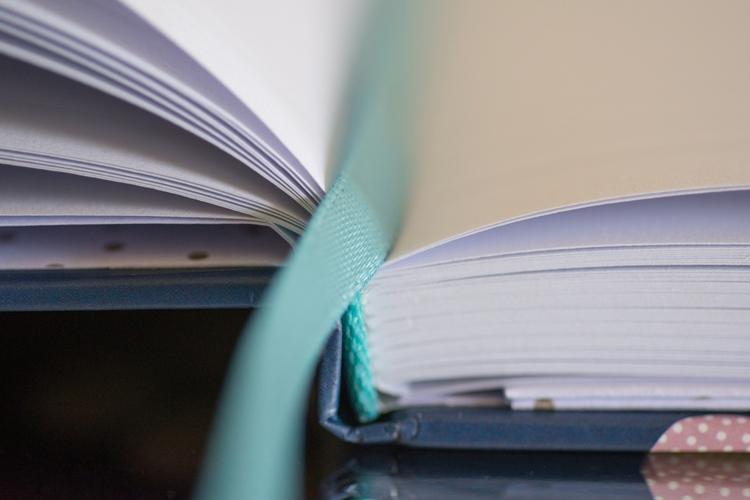 notebook-2344411_1920sml